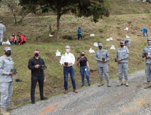 Cornare y Fuerza Aérea continúan en su tarea de restauración del territorio